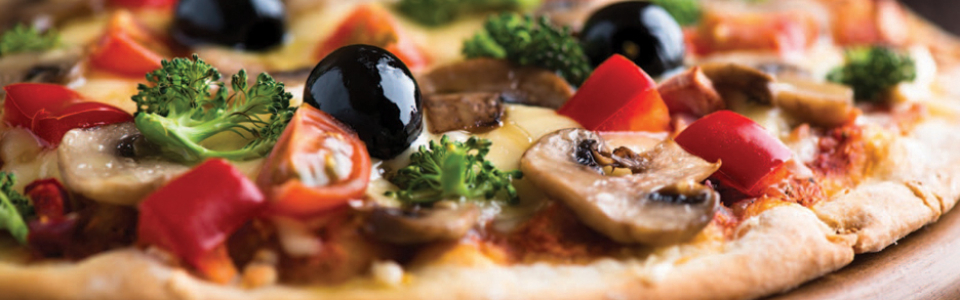 pizza-with-olives-hd-1080p-wallpapers-download